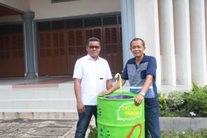 Rm. A.Sunarto Pr dan Lambok Nainggolan